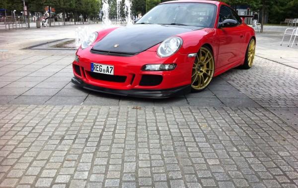 Red Porsche GT3 RS